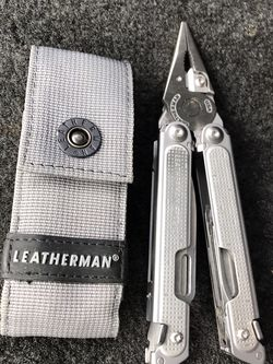 Leather Man Free P2 Multi Tool for Sale in Portland,  OR