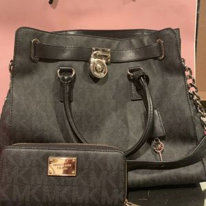 Michael Kors And Coach Sets for Sale in Pittsburgh, PA