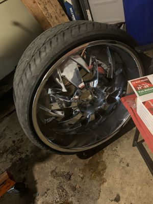 """24"""" rims and tires and caps all holds air for Sale in Columbus, OH"""