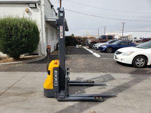 Ekko Pallet Stacker Forklift for Sale in Phoenix, AZ