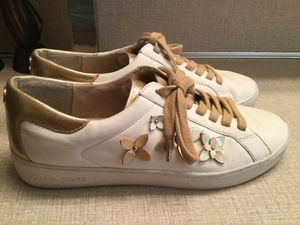 Michael Kors leather shoes for Sale in Auburn, WA
