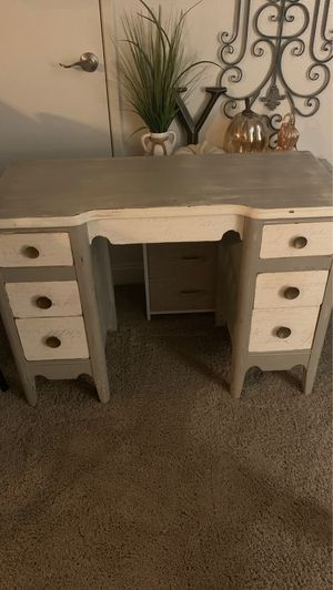 6 drawer antique desk, grey tones , used but in good condition. for Sale in Chino, CA