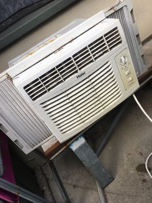 Haier Window AC $100 works great for Sale in San Diego, CA
