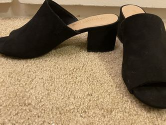 Black Suede Mule Sandals Size 9 for Sale in San Diego,  CA