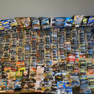 Over 400 Vintage Hot wheels for Sale in Columbus, OH