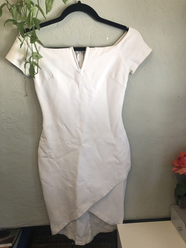 Thick white dress