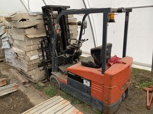 Toyota Electric Warehouse Forklift *New Battery* for Sale in Covington, GA