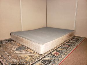 Queen boxspring - needs a cover/sheet for Sale in San Jose, CA