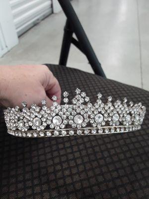 Vintage Tiara for Sale in St. Petersburg, FL