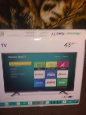 Smart TV 43 in only 1 month old for Sale in Jetersville, VA