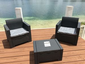 All resin without metals / Furniture / Patio furniture / outdoor furniture / Muebles de patio /patio set for Sale in Doral, FL