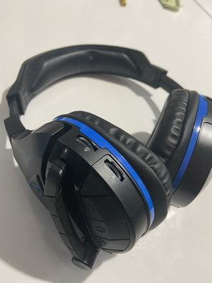 Turtle beach ps4 headset for Sale in Raleigh, NC