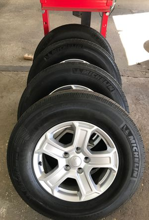 5x5 5x127 BOLT PATTERN JEEP WRANGLER ALLOY WHEELS AND TIRES for Sale in Egg Harbor City, NJ