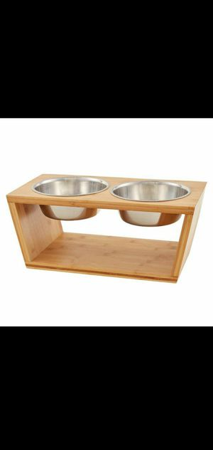 NEW ELEVATED PET FEEDER for Sale in Whittier, CA