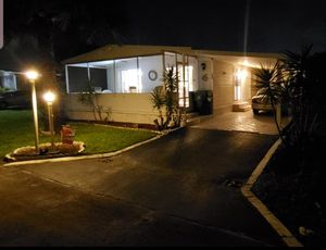 FULLY FURNISHED, KEY WEST STYLE MOBILE HOME -- DAVIE, FLORIDA for Sale in Plantation, FL
