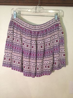 Fun patterned purple and white mini skirt for Sale in North Las Vegas, NV