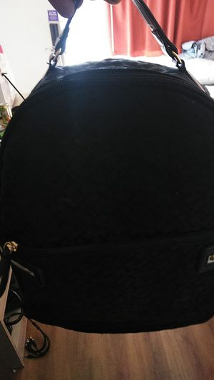 Tommy Hilfiger backpack for Sale in Palmdale, CA