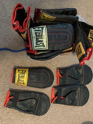 Everlast weighted speed bag gloves for Sale in Denver, CO