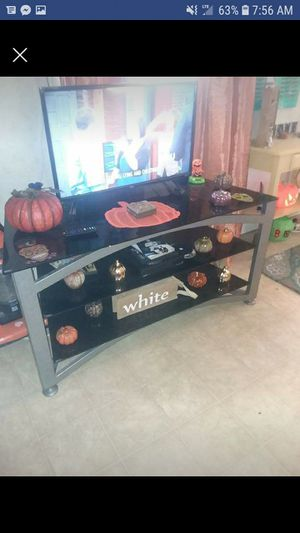 TV and stand for Sale in Hessmer, LA
