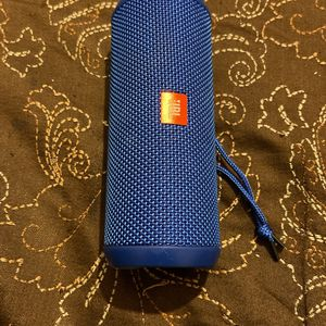 JBL Flip 3 for Sale in Redford Charter Township, MI