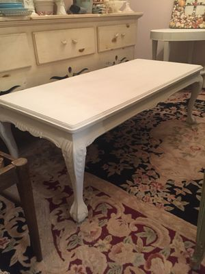 Shabby chic coffee table for Sale in Hartsdale, NY