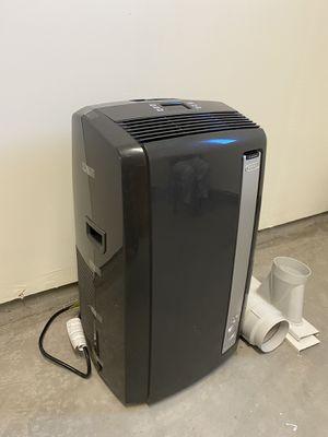 DeLonghi Pinguino portable 3-in-1 Air Conditioner, dehumidifier, and fan, 6800BTU for Sale in Milpitas, CA