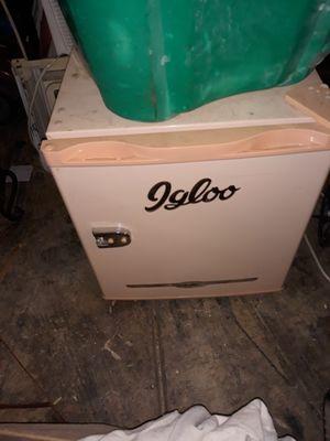 Mini refrigerators for Sale in Columbus, OH
