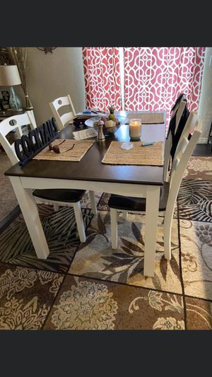 Kitchen table for Sale in Colorado Springs, CO