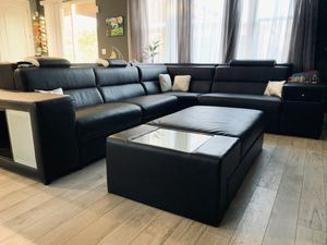 Leather Sectional Couch (BIG) for Sale in Concord, CA