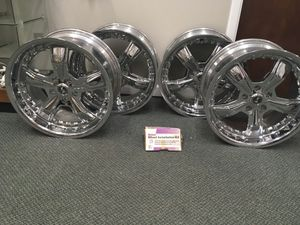 Ford Mustang Shelby razor chrome rims with lug nuts for Sale in North Royalton, OH
