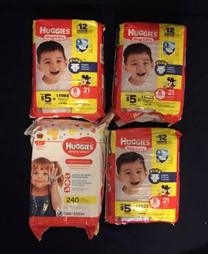 Huggies Diapers size 6 plus wipes bundle (4 items) for Sale in Fresno, CA