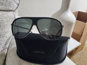 Sunglasses- TOM FORD for Sale in San Diego, CA