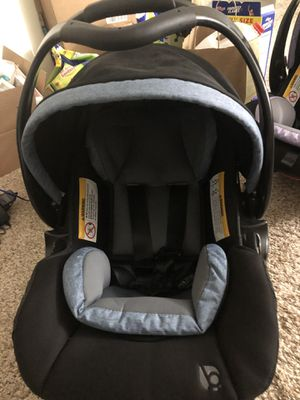 Car seat for Sale in Strongsville, OH