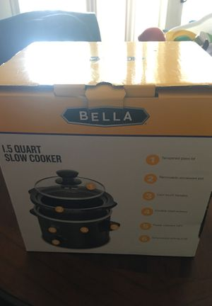 Selling slow cooker brand new for Sale in Bethesda, MD