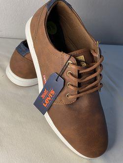 Levi's Men Shoes 9.5 (new) for Sale in Las Vegas,  NV