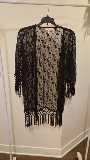 Monteau Los Angeles open front fringe trim sheer lace kimono for Sale in Westminster, CA