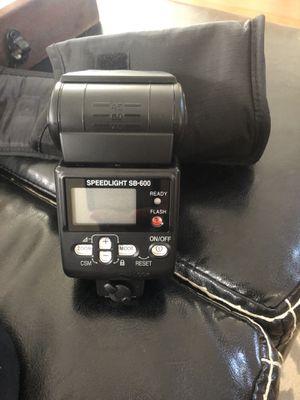 Nikon flash SpeedLight SB-600 90.00 New for Sale in Las Vegas, NV