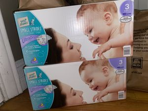 Diapers size 3 for Sale in Queens, NY