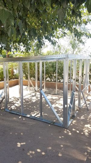 Metal shed for Sale in Hesperia, CA