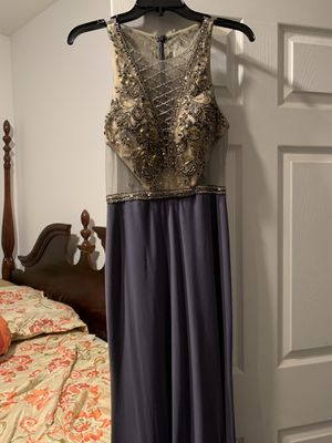 Dress size medium it's new for Sale in Charlotte, NC