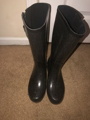 Rain boots for Sale in Fayetteville, NC