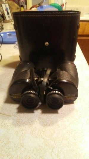 Vintage. Tasco Binoculars W/Leather Case for Sale in Oroville, CA