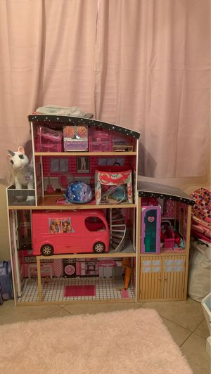 Doll house/ Barbie house for Sale in Gilbert, AZ