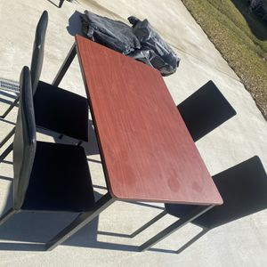Kitchen Table for Sale in Four Oaks, NC