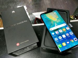 Huawei Mate 20 Pro 8GB RAM 256 GB- One Bad A** Phone! for Sale in Miami, FL