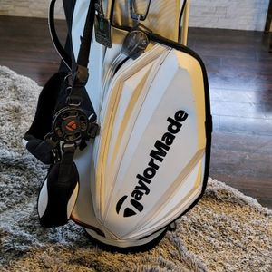 TaylorMade R11s TMX Stand/Staff Golf Bag for Sale in Palm Harbor, FL