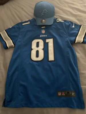 Detroit Lions Jersey and Hat Combo for Sale in Bellevue, WA