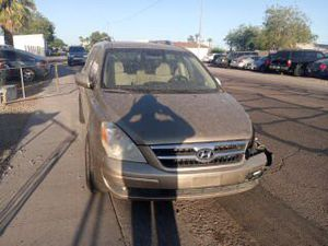 2007 Hyundai Entourage for parts only engine is sold for Sale in Phoenix, AZ