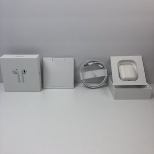 ✅🔥 Apple AirPods 2nd Generation Wireless Earbuds & Charging Case MV7N2AM/A for Sale in Saratoga, CA