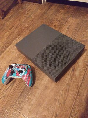 500g Smoke Grey Xbox One S for Sale in Fayetteville, NC